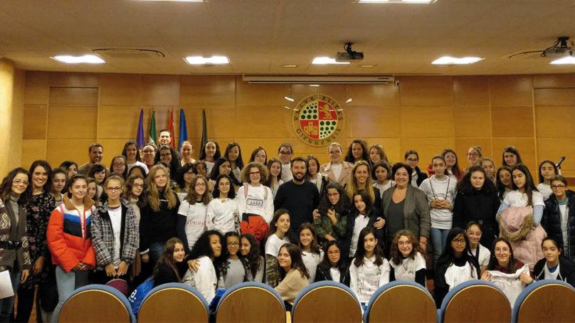 60 chicas despiertan su vocación por las carreras STEM en la UJA