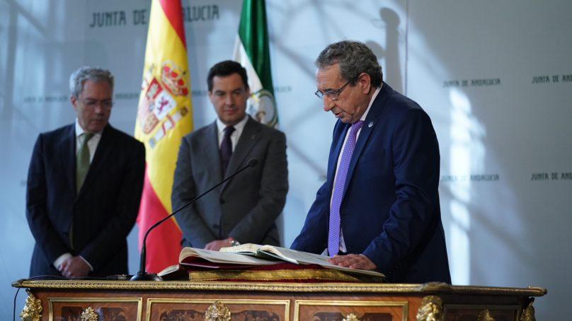 José Ángel Narváez toma posesión del cargo como rector de la UMA subrayando su compromiso con la universidad pública