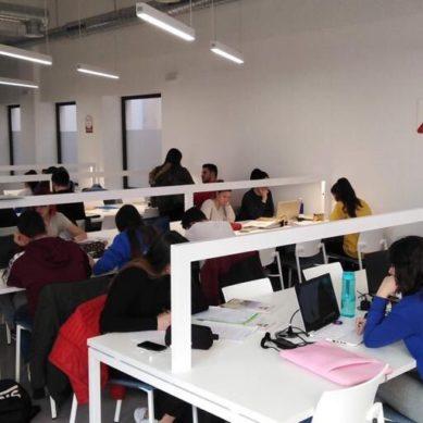 Tres bibliotecas en Almería donde preparar los exámenes de enero
