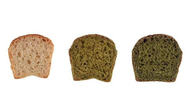 Muestras de pan con y sin microalgas