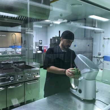 La UAL incorpora microalgas como ingredientes de panes y galletas saladas