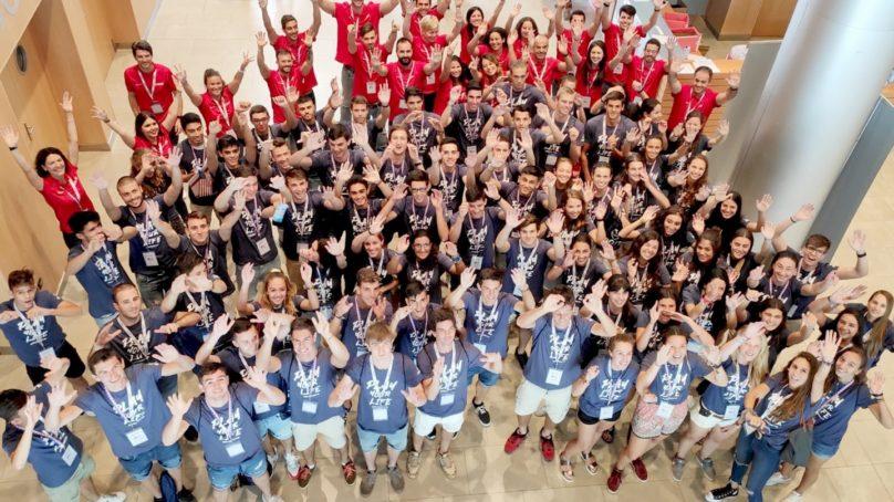 Estudiantes en EEUU: acompañados y con opción de volver a casa