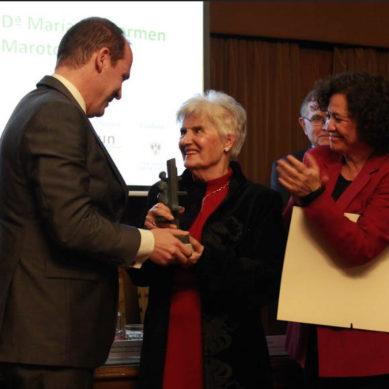 La microbióloga Carmen Maroto Vela recibe el Premio UNIA Concha Caballero