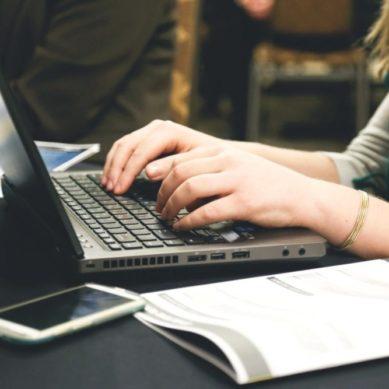 Convocatoria de ayudas para dotar de medios tecnológicos a los estudiantes de la UJA