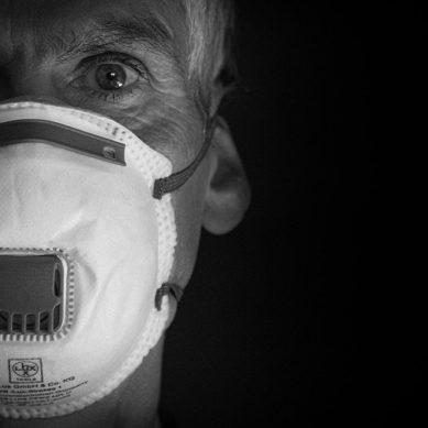 Personal docente de la UJA publica un blog para informar sobre cómo cuidar a una persona afectada por COVID-19
