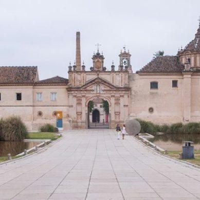 La Universidad Internacional de Andalucía refuerza su programa de becas para el curso 2020/21
