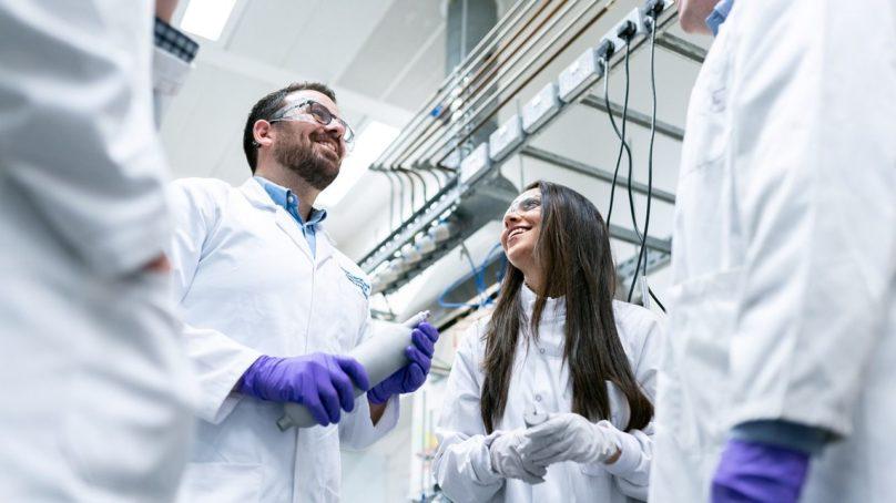 Abierta convocatoria para la incorporación profesional de más de 200 jóvenes doctores
