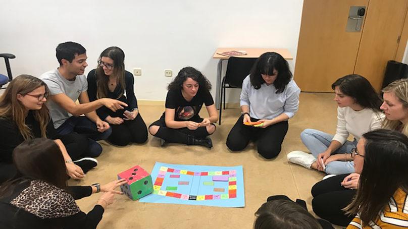 La enseñanza bilingüe, la especialización profesional más demandada por las familias
