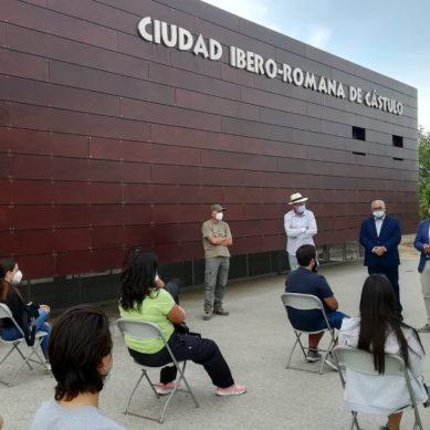 Estudiantes de la UJA realizan tareas de conservación y recuperación en el Yacimiento de Cástulo