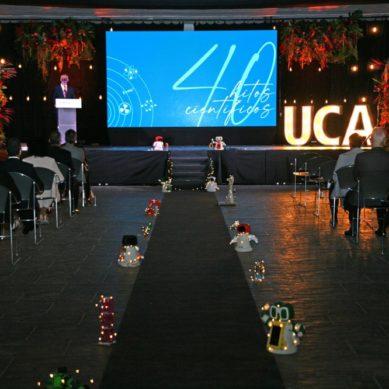 La UCA festeja sus cuatro décadas de historia con una gala de homenaje a su comunidad científica