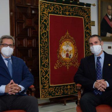 Carlos León y Luis Pérez toman posesión como directores de la EPS y la ETS de Ingeniería agronómica de la US