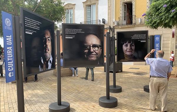 Los investigadores de la UAL 'humanizan' la ciencia con una exposición fotográfica
