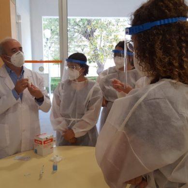 Estudiantes de Enfermería de la UCA realizan talleres sobre los test de detección del covid-19