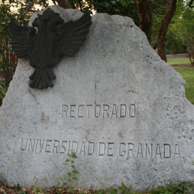 Los estudiantes de la UGR convocan una manifestación ante el cierre de la universidad