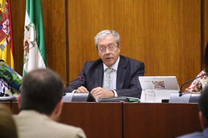 """Rogelio Velasco señala que la suspensión de clases presenciales en la UGR se basa en """"criterios científicos"""""""
