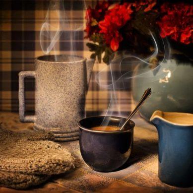 ¿Es el café bueno para la salud o es la buena salud la que favorece el consumo de café?
