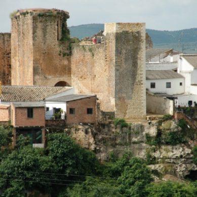 La UCO participa en los trabajos para la recuperación del Castillo de Hornachuelos