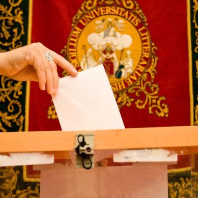 Miguel Ángel Castro presenta su programa electoral al Claustro