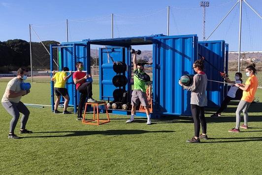 Primer cubofit de UAL Deportes, una 'caja mágica' saludable para fomentar la actividad física