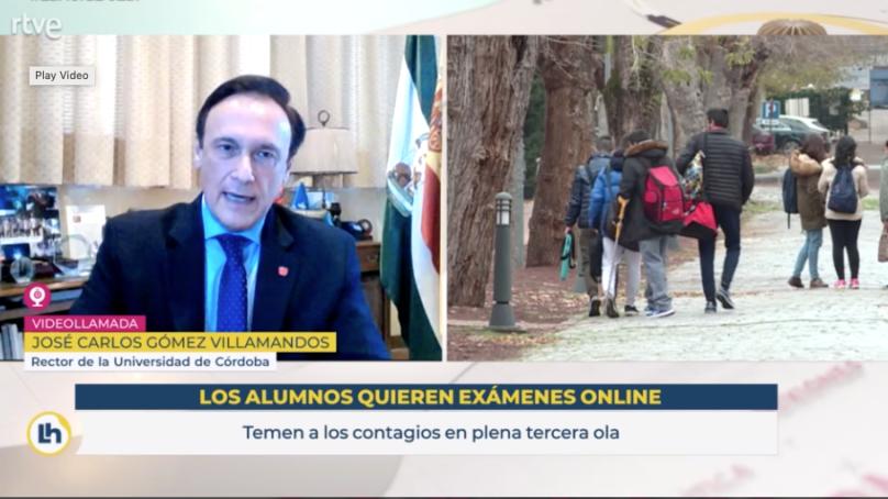 """Gómez Villamandos defiende que la docencia se ha realizado de """"forma presencial"""""""