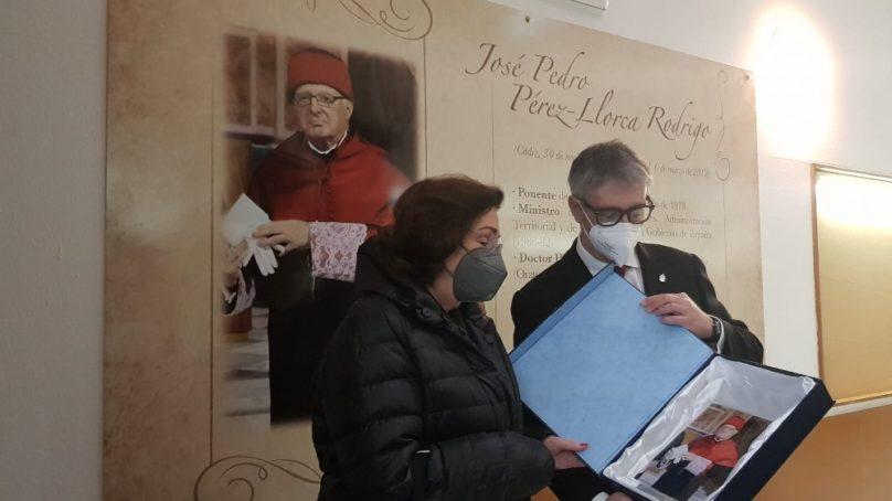 Homenaje de la UCA a José Pedro Pérez-Llorca, uno de los padres de la Constitución Española