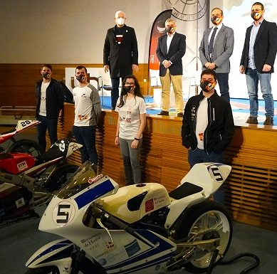 El equipo MotoETSI de la UHU vuelve a la competición