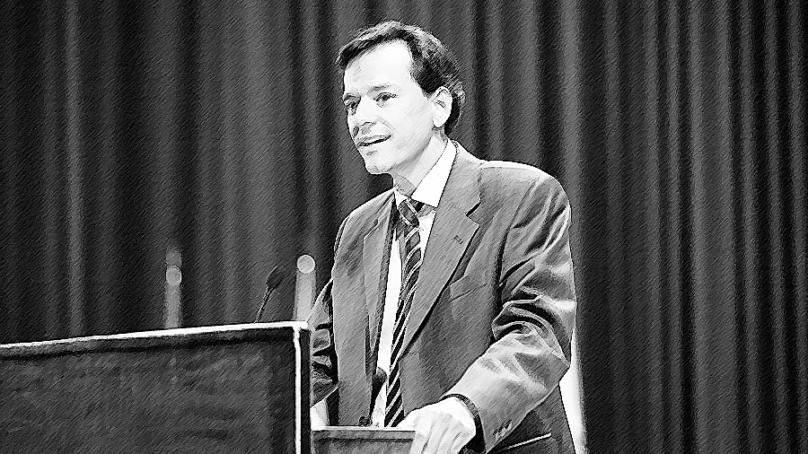 """Joaquín Rams, un candidato académico para """"devolver el prestigio a la universidad"""""""