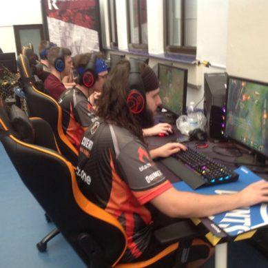 Los profesionales de eSports sufren los mismos niveles de estrés en competición que sus homólogos en el deporte tradicional