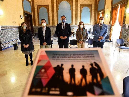 La UCO presenta la guía para evitar la radicalización violenta de la sociedad
