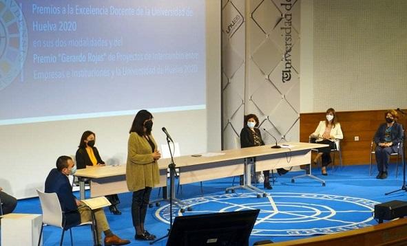 Entregados los Premios a la Excelencia Docente 2020 de la UHU