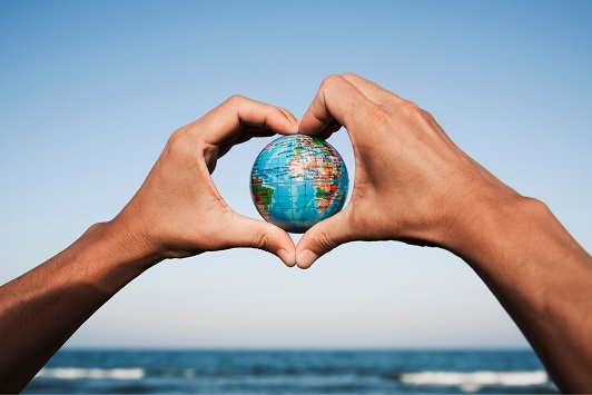 La UAL materializa su compromiso con la sostenibilidad ambiental