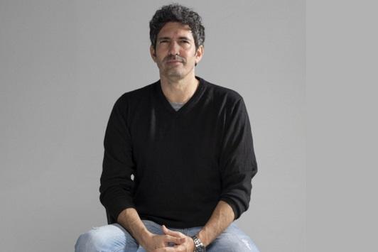 César Bona hablará sobre 'Humanizar la Educación' este sábado con UAL Cultura