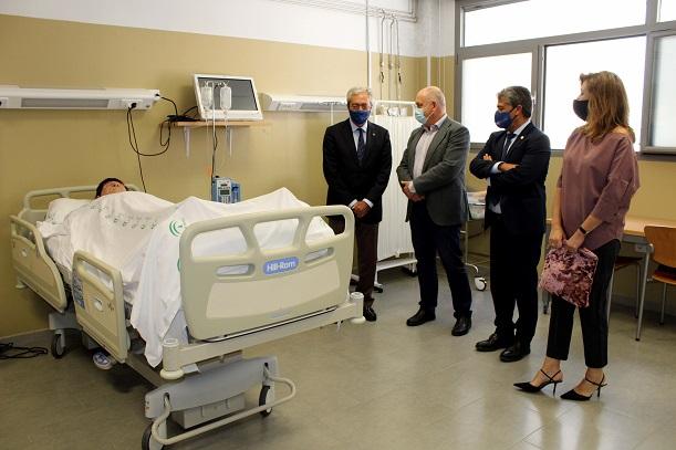 La implantación del Grado de Medicina en la UAL recibe el respaldo de la Junta
