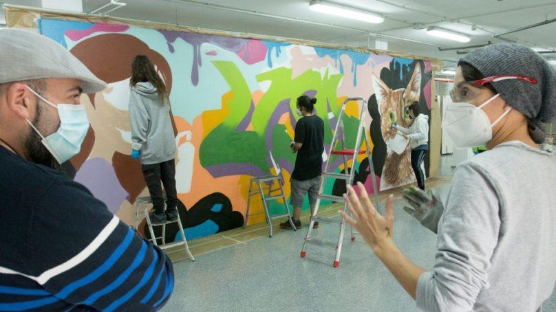 Espray y talento para promover el arte urbano en la UJA