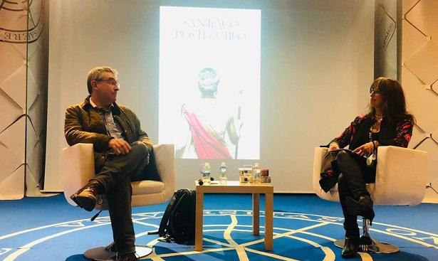 Santiago Posteguillo visita la UHU repasando las claves de la novela histórica