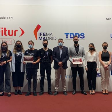 FITUR premia el talento e innovación de los alumnos de la UMA