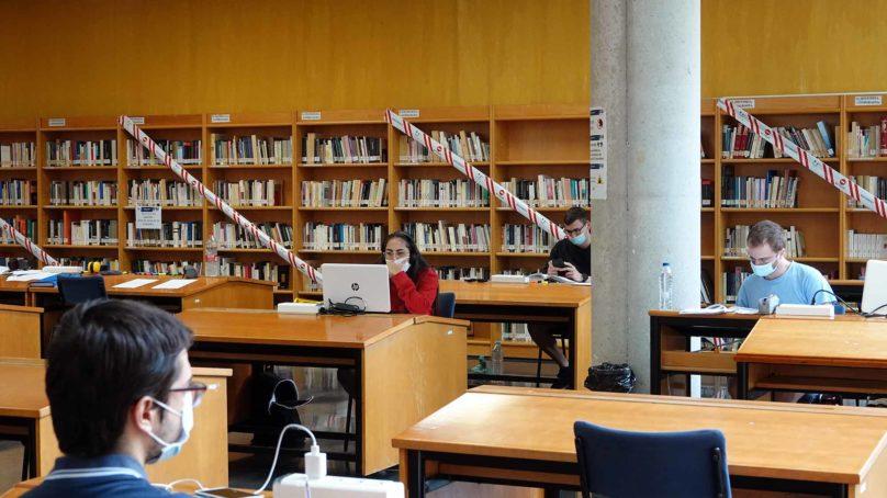 Consulta los horarios de biblioteca de la UMA para estos exámenes