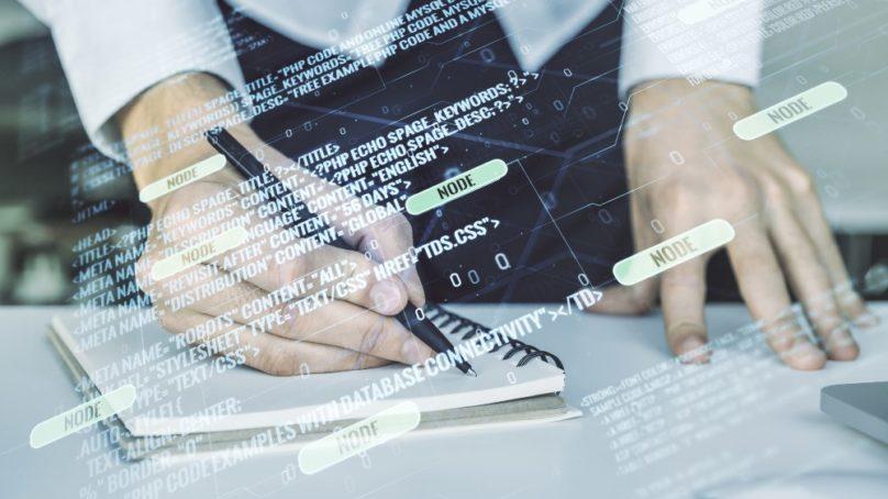 La US e IBM firman un acuerdo para acercar la inteligencia artificial a las carreras menos técnicas