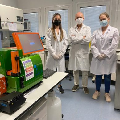 Investigadores de la UJA analizan la efectividad de la vacuna contra el COVID en el personal sanitario