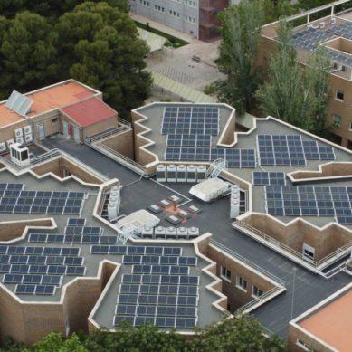 Dos plantas fotovoltaicas para incentivar el autoconsumo energético y la reducción de CO2 en la UJA
