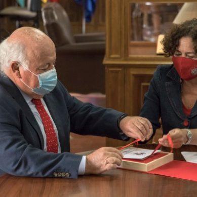 La UGR se suma a la Red Andaluza de Servicios Sanitarios y Espacios Libres de Humo