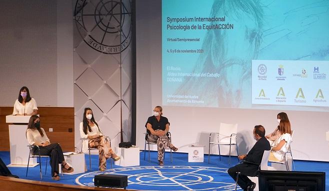 La Aldea de El Rocío acogerá el 'Symposium Internacional de Psicología de la EquitAcción'