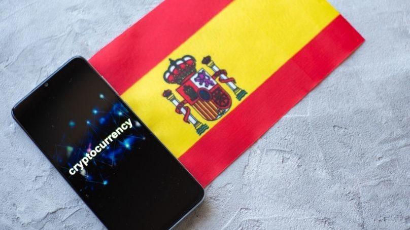 España y las criptomonedas; regulación y obligaciones fiscales