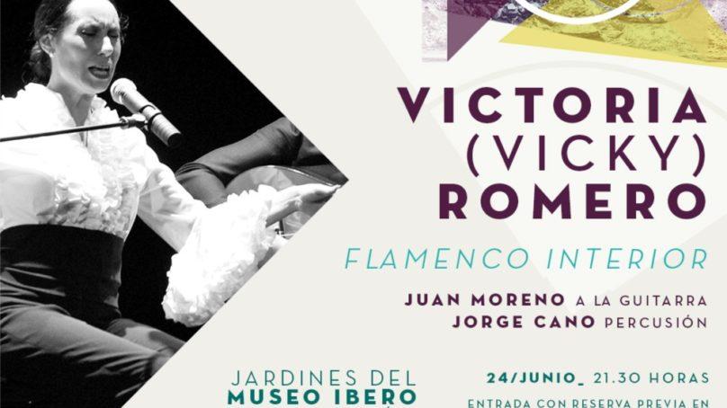 Arranca la programación de 'Culturamanía' con una actuación de la cantaora Vicky Romero