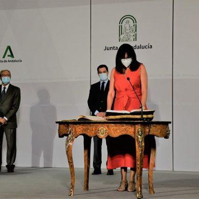 María Antonia Peña retoma su cargo como rectora de la UHU