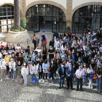 Cerca de 600 estudiantes internacionales 'desembarcan' en la UCA este semestre